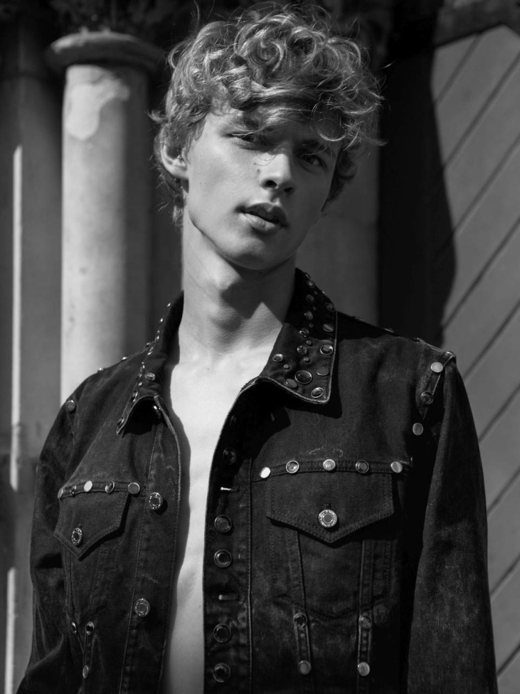 Metro Models Men